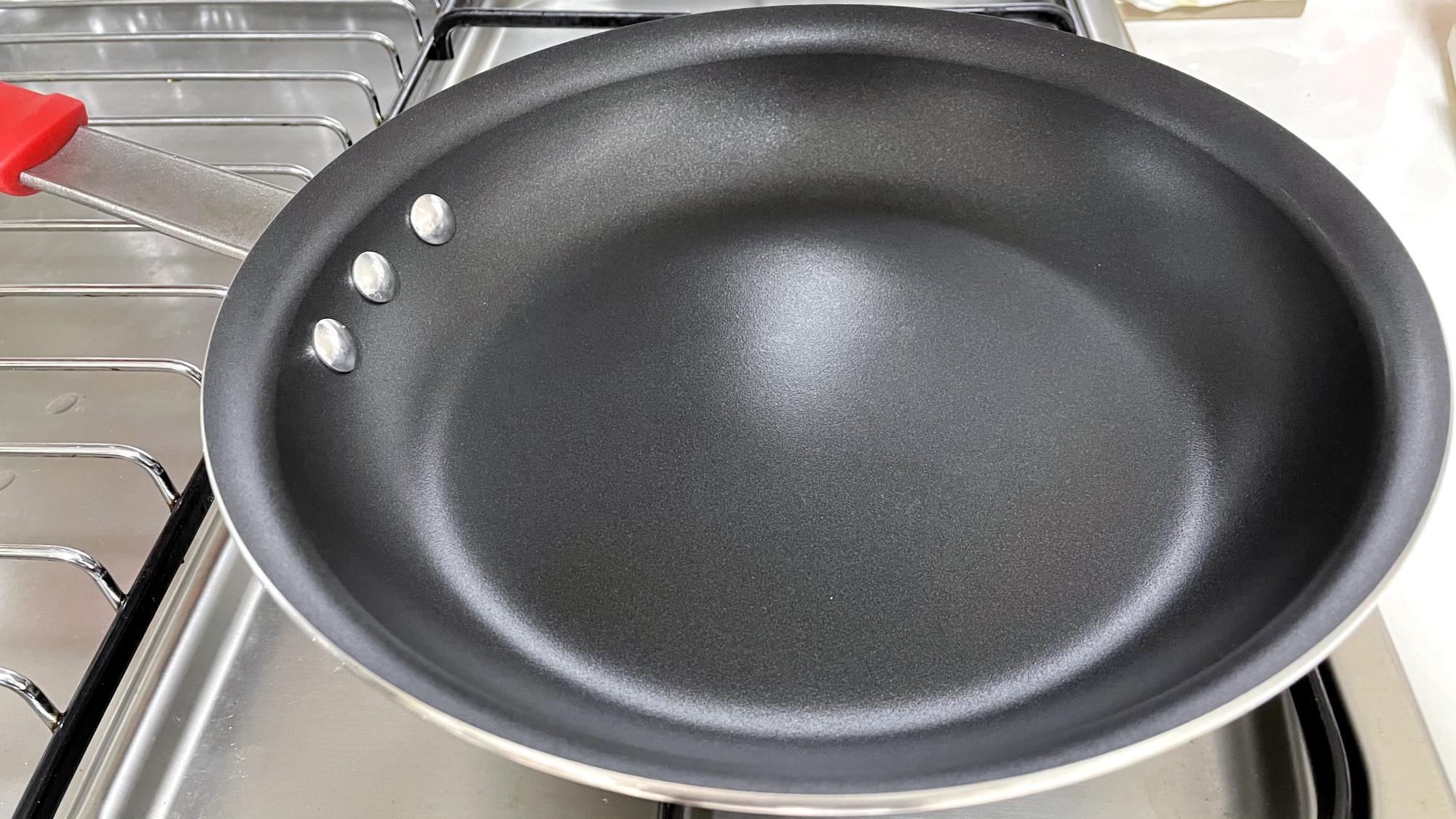 Tramontina Professional Nonstick Fry Pan